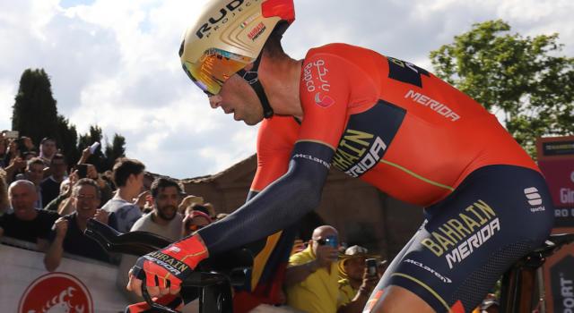 Giro d'Italia 2019, cronometro Riccione-San Marino: la startlist e gli orari di partenza dei big. Quando scatta Vincenzo Nibali?