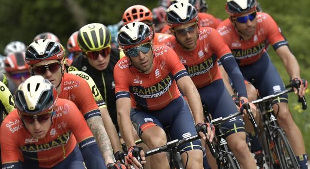 LIVE Giro d'Italia 2019, Pinerolo-Ceresole Reale in DIRETTA: Nibali-Roglic, che guerra di nervi! Zakarin vince, Landa guadagna minuti! Yates alla deriva