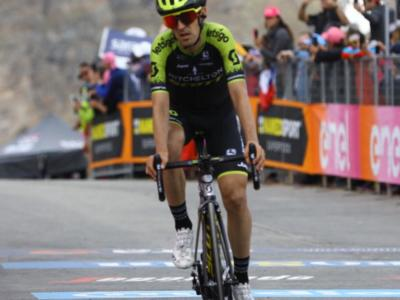 Giro d'Italia 2020, Simon Yates fuori condizione: si stacca sull'Etna, sogno rosa in frantumi