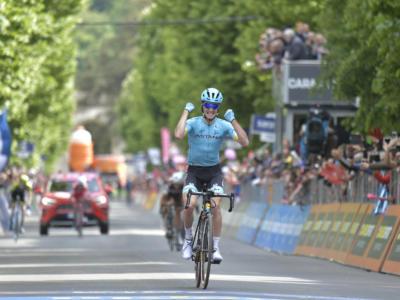 VIDEO Tour of the Alps, Pello Bilbao vince la quarta tappa: highlights e sintesi. Yates superbo in salita