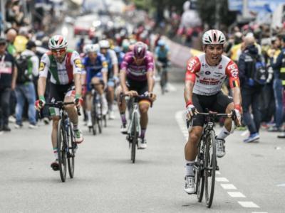 Giro d'Italia 2019, risultato undicesima tappa: Caleb Ewan firma la doppietta a Novi Ligure, soltanto quarto Elia Viviani