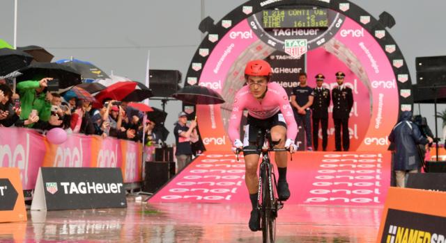 """Classifica Giro d'Italia 2019, nona tappa: la cronometro stravolge tutto, Roglic con 1'44"""" su Nibali. Yates e Lopez sprofondano, Conti in rosa"""