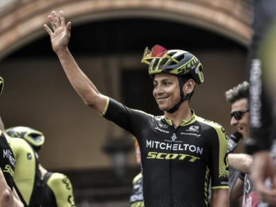 Giro d'Italia 2019, risultato diciannovesima tappa: Esteban Chaves in trionfo a San Martino di Castrozza, controllo tra i big