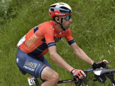 Giro d'Italia 2019, Vincenzo Nibali attacca e punta al colpaccio: può vincere la Corsa Rosa? Ultima settimana da brividi, sfida a Carapaz e Roglic