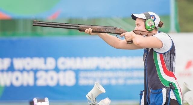 LIVE Tiro a volo, Olimpiadi Tokyo in DIRETTA: Stefecekova festeggia l'oro, Silvana Stanco quinta, doppietta ceca tra gli uomini!