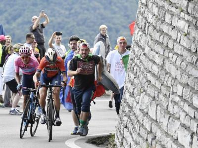 LIVE Giro d'Italia 2019, Sedicesima tappa in DIRETTA: Ciccone vince a Ponte di Legno, Nibali show sul Mortirolo, ma Carapaz resiste
