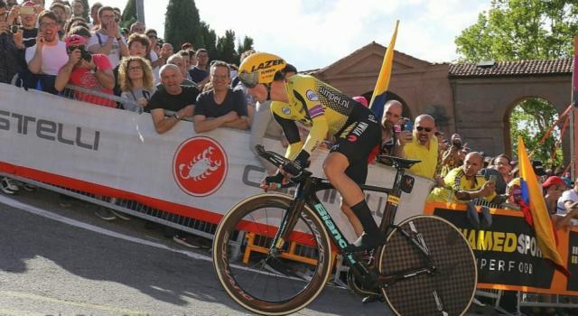 Giro d'Italia 2019, risultato prima tappa: Roglic fa il vuoto, Vincenzo Nibali ottimo terzo davanti a Dumoulin