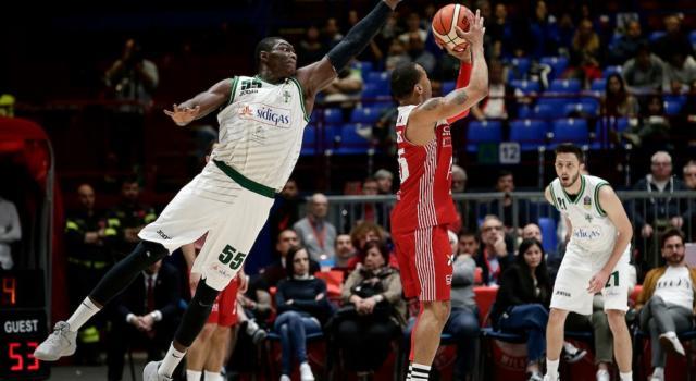 LIVE Olimpia Milano-Avellino, Gara-1 playoff basket in DIRETTA: la Sidigas espugna il Forum, vittoria 84-72 per gli irpini