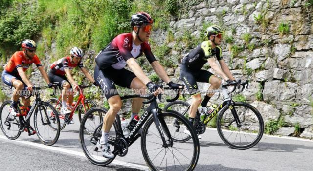 Ciclismo, squadre in crisi: sei World Tour tagliano gli stipendi, 3 in cassa integrazione. Tutte le cifre e gli scenari