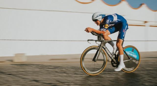 Ciclismo, Europei 2019: orario d'inizio e come vedere la cronometro in tv. I pettorali di partenza