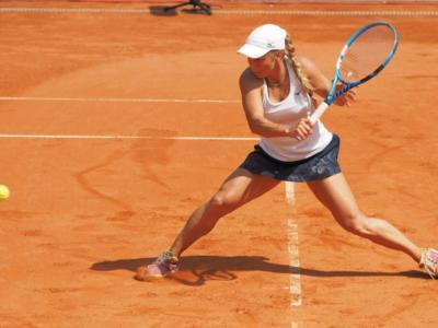 WTA Belgrado 2021, solo quattro match a causa della pioggia. Avanza Putintseva, scivola la Zhang