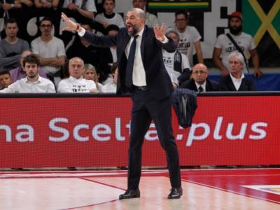 Basket, Serie A 2020-2021: per Brescia vicina la firma con coach Buscaglia