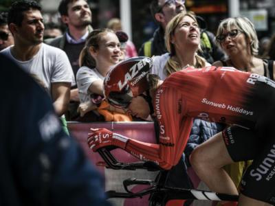 Giro d'Italia 2019, risultato ventunesima tappa: Chad Haga beffa gli specialisti a Verona. Carapaz in trionfo, ottimo Nibali