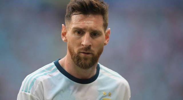 Pallone d'Oro 2019, Leo Messi premiato senza vincere in Europa e con la Nazionale? Sorpasso in vista su Cristiano Ronaldo