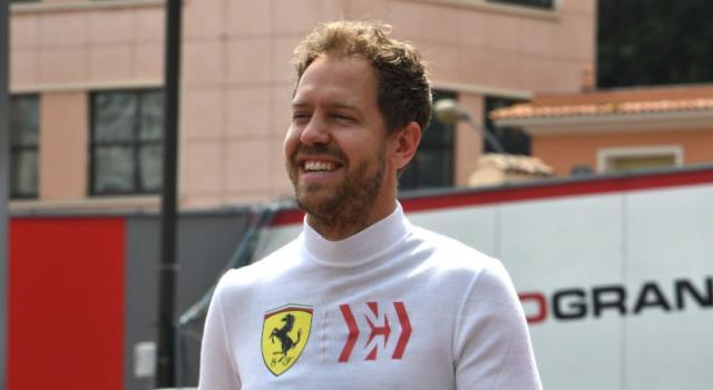 """F1, Sebastian Vettel per la prima volta in 'verde': """"Voglio rendere l'Aston Martin un team vincente"""""""