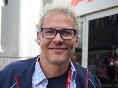 """F1, Jacques Villeneuve su Charles Leclerc: """"E' stato furbo nelle qualifiche e può farlo perché è protetto da tutti"""""""