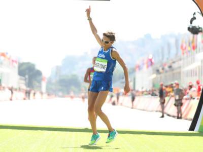 Atletica, Maratona Parigi 2021: Elisha Rotich e Tigist Memuye vincono nella capitale francese, dodicesima Catherine Bertone