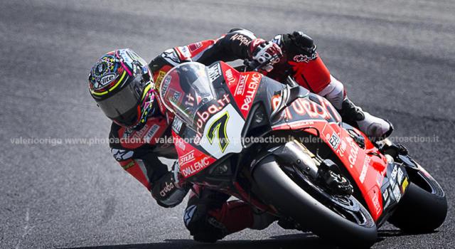 Superbike, risultato gara-2 GP Catalogna 2020: Chaz Davies fa paura! Rea 4° e Redding 6°. Rinaldi, amaro ritiro