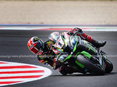 Superbike, GP Gran Bretagna 2019: risultato gara-2. Rea completa il weekend perfetto vincendo ancora. Terzo Bautista