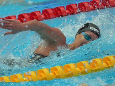 Nuoto, Mondiali 2019: Sarah Sjoestroem la migliore dei 50 sl delle batterie, Federica Pellegrini out dalle semifinali per un soffio