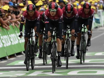 Tour de France 2020, il Team Ineos cambia nome e maglia: si chiamerà Grenadier e vestirà di blu
