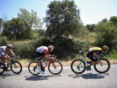 Tour de France 2019: alterco in corsa tra Tony Martin e Luke Rowe, entrambi espulsi dalla corsa