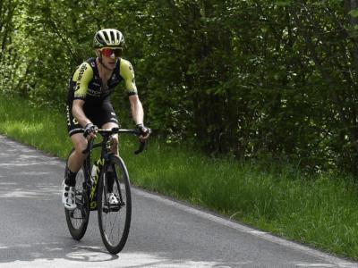 Ciclismo, tanti nomi importanti, da Simon Yates a Richie Porte, malconci dopo la caduta al Tour Down Under