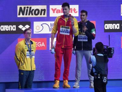 Nuoto, Mondiali 2019: Horton ammonito dalla FINA per le proteste contro Sun Yang, i colleghi però apprezzano