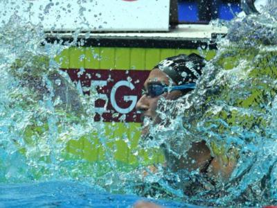 Nuoto, Simona Quadarella vince i 1500 sl agli Assoluti. Battuta Martina Rita Caramignoli