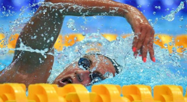 LIVE Nuoto, Nico Sapio 2019 in DIRETTA: finali 9 novembre, Quadarella domina gli 800 sl. Carraro-Scozzoli: doppietta in famiglia nella rana. Pass europeo per Orsi