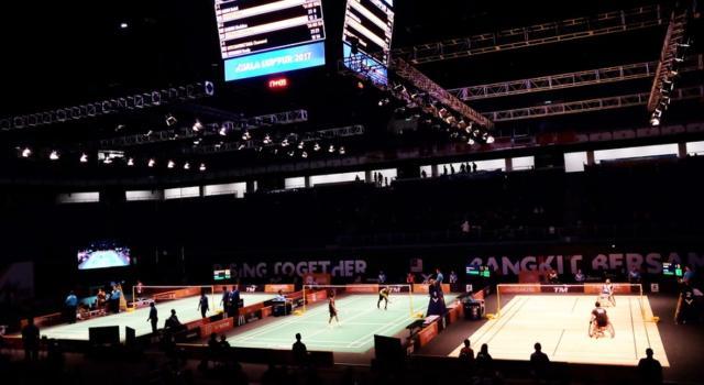 Badminton, Swiss Open 2021: Viktor Axelsen e Carolina Marin continuano a mietere successi