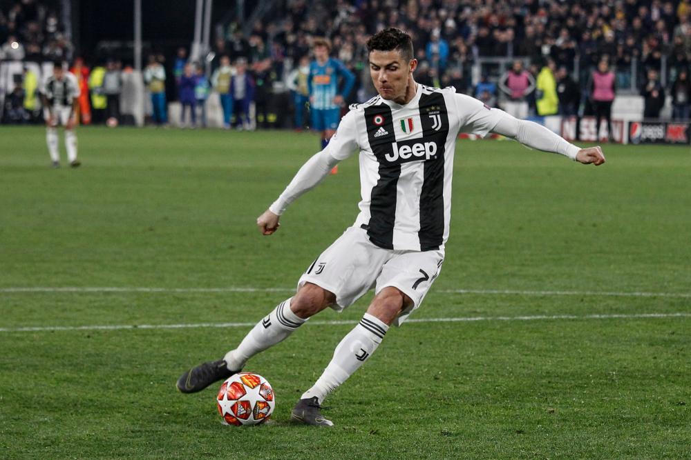 Calendario Napoli Champions 2020.Live Sorteggio Gironi Champions League 2020 In Diretta