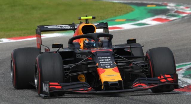 F1, Alexander Albon confermato in Red Bull: correrà nel 2020 accanto a Verstappen