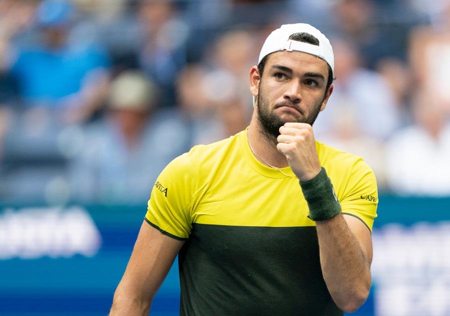 Tennis, ATP Vienna 2019: Matteo Berrettini supera un problema alla caviglia e batte in rimonta Kyle Edmund al 1° turno