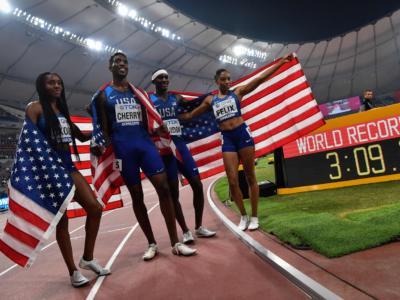 Atletica, Mondiali 2019: Fraser-Pryce e Taylor, poker iridati! Asta a Sidorova, USA col record del mondo nella 4×400 mista
