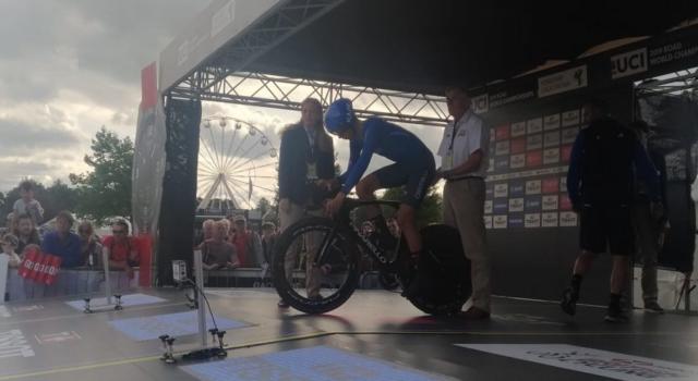 Ciclismo, Mondiali 2019: Antonio Tiberi supersonico! Rompe un pedale, si ferma e poi conquista l'oro nella cronometro juniores!