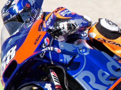 VIDEO MotoGP, GP Portogallo 2020: gli highlights delle qualifiche. Oliveira in pole, Morbidelli 2°. Indietro Dovizioso e Valentino Rossi