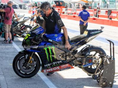 MotoGP, mercato 2021: trattative e colpi ufficiali. I piloti in bilico: Valentino Rossi ago della bilancia