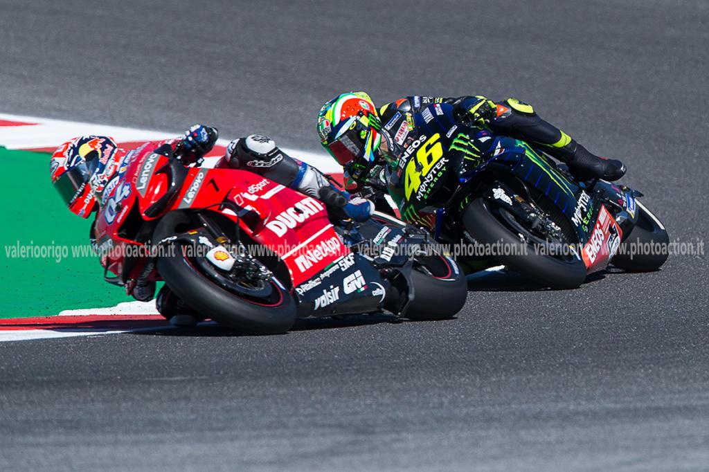 LIVE MotoGP, GP San Marino 2019 in DIRETTA: Marquez vince un duello mozzafiato con Quartararo. 4° Valentino Rossi - OA Sport