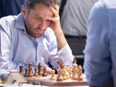 Scacchi, coppa del mondo 2019: risultati quarti di finale. Avanza Liren, Radjabov elimina Xiong. Spareggio tra Vachier-Lagrave e Aronian