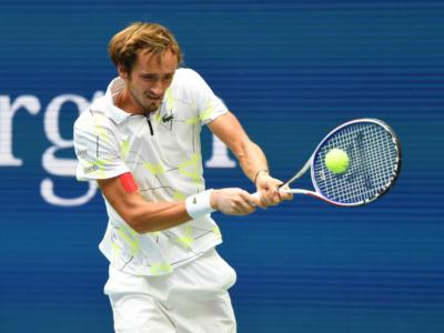 Tennis, Masters 1000 Parigi-Bercy: i risultati di martedì 29 ottobre. Cadono Medvedev e Khachanov, Zverev agli ottavi di finale