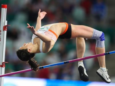 Atletica, Mondiali 2019: le finali di oggi. Lasitskene per volare oltre i 2 metri, Warholm-Benjamin: duello da record del mondo