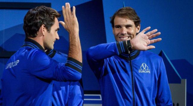"""Tennis, Roger Federer e Rafael Nadal si sfidano questa sera: """"The Match in Africa"""" davanti a 50000 spettatori!"""