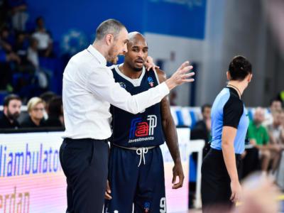 Basket, EuroCup 2019-2020: Brescia mostra la sua peggior versione. Il Darussafaka domina 35-61