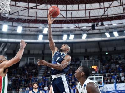 LIVE Brescia-Darussafaka basket, EuroCup in DIRETTA: Brescia inesistente davanti al proprio pubblico. Darussafaka passa 35-61