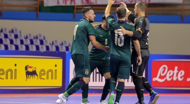 LIVE Italia-Inghilterra 4-1 calcio a 5, Qualificazioni Mondiali 2020 in DIRETTA: la doppietta di Merlim e i gol di De Luca e Mammarella stendono gli inglesi, ma la qualificazione è ancora da guadagnare