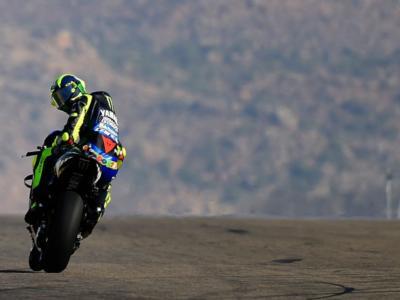VIDEO Yamaha adotta l'abbassatore nei Test MotoGP: soluzione copiata a Ducati per migliorare la partenza