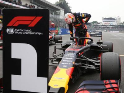 F1, perché è stato penalizzato Max Verstappen? Decisiva l'ammissione di colpa, pole per Charles Leclerc
