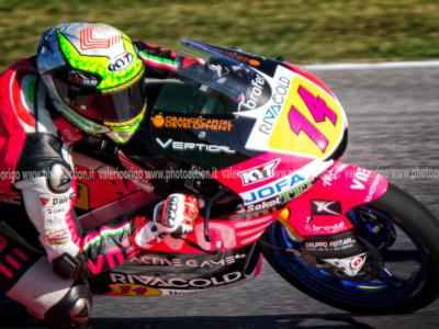 Moto3, risultati GP Spagna 2020: Albert Arenas vince anche a Jerez, Arbolino 3°, fuori dal podio Vietti e Migno