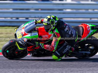 """VIDEO Andrea Iannone, Aprilia in fiamme nei Test MotoGP. Il pilota attacca il team: """"Siete matti, mi schianto a 300 km/h"""""""
